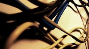 Nossas caixas de fios emaranhados